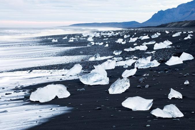 black-sand-iceland-feel-planet